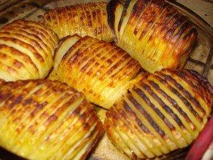 Pomme de terre éventail, poulet, sauce échalotes, ciboulette. dans plat light p-d-t-en-eventail-300x225